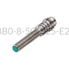 Czujnik indukcyjny Pepperl+Fuchs 0,8mm 10...30VDC M5 PNP NBB0,8-5GM25-E2-V3