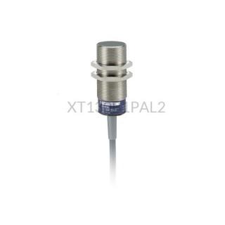 Czujnik pojemnościowy Schneider Electric 10 mm 12...30 VDC M30 PNP XT130B1PAL2