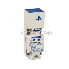 Czujnik pojemnościowy Schneider Electric 15 mm 12...48 VDC prostopadłościan NPN XT7C40NC440